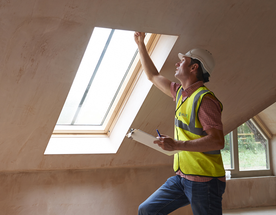 We carry out detailed Structural /Building Surveys and Snag lists for Residential properties. All surveys are carried out by highly trained and experienced engineers.